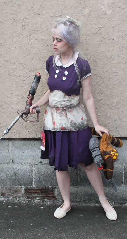 Bioshock Cosplay Brings Little Sister To Life 2k